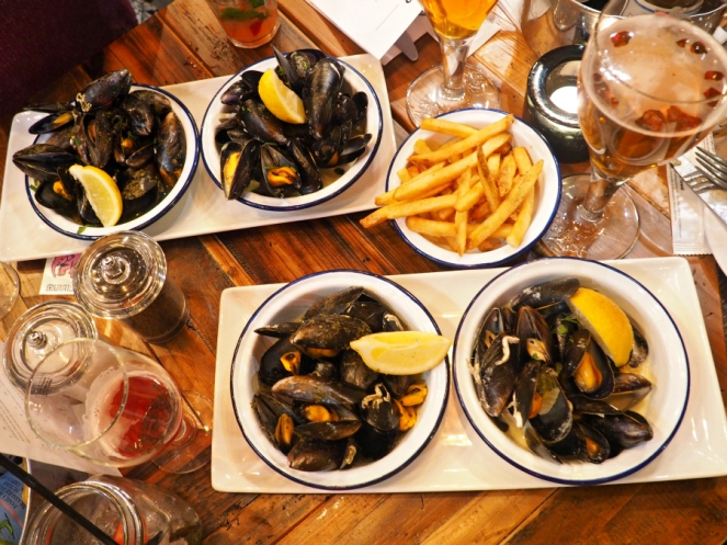 Belgo Belgian food mussels seafood blogger