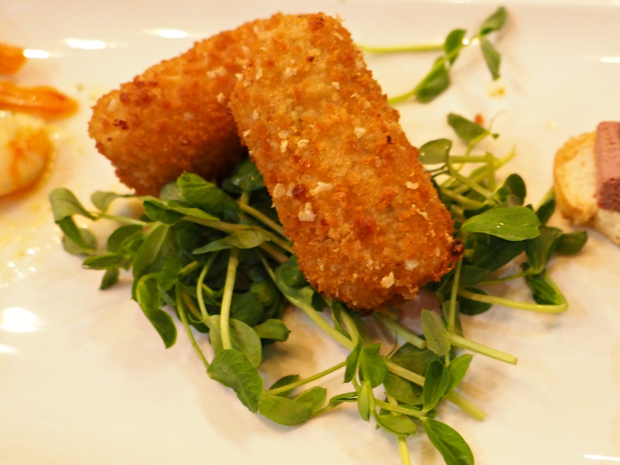 Belgo cheesy croquettes food blogger London restaurant
