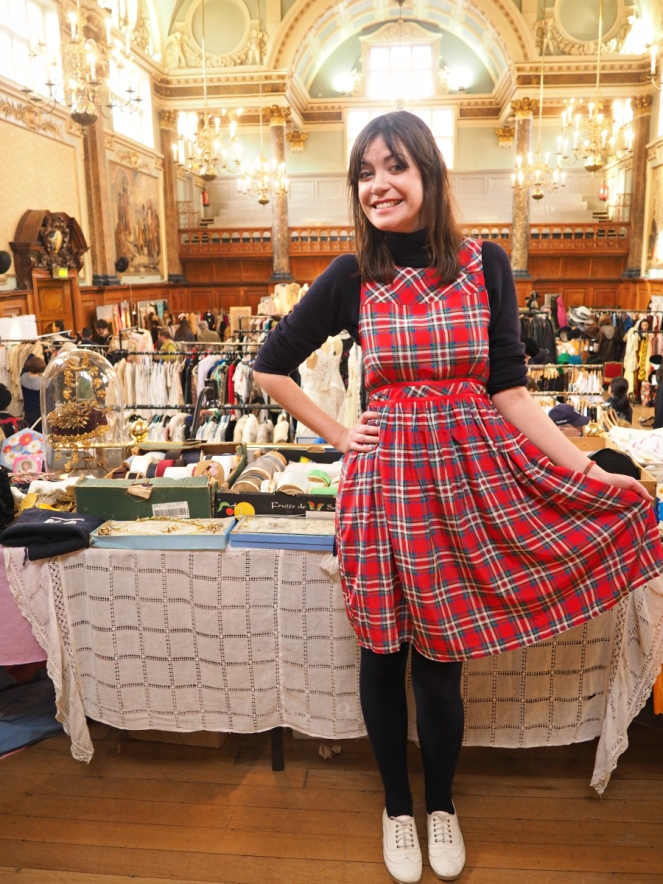 Vintage fashion blogger in red tartan dress at London Frock Me fair Chelsea