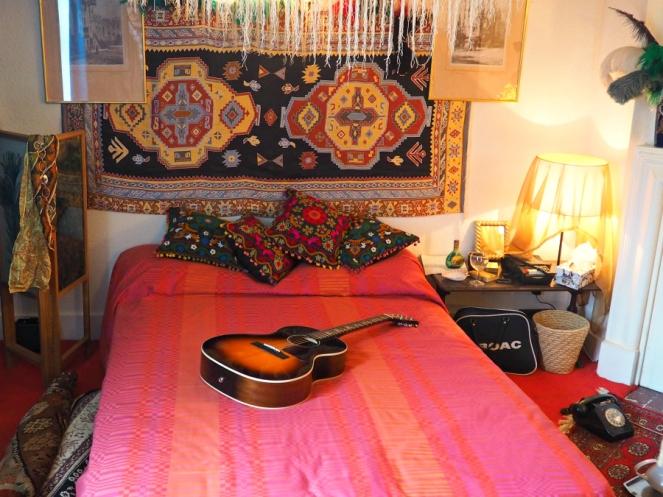 Handel Hendrix London Flat in Mayfair Bedroom Exhibition Blogger