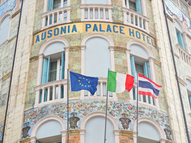 Travel Blogger in Venice, Italy Grande Albergo Ausonia and Hungaria Palace Hotel