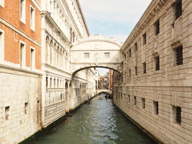 Travel Blogger in Venice, Italy