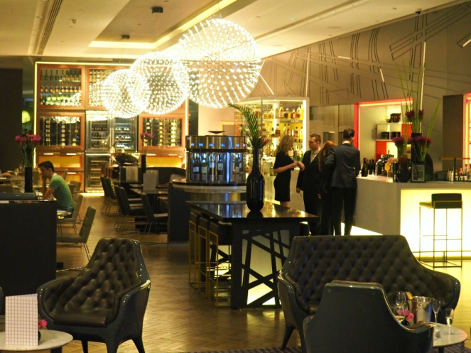 Pullman Hotel St Pancras Lobby Bar London Travel Blogger