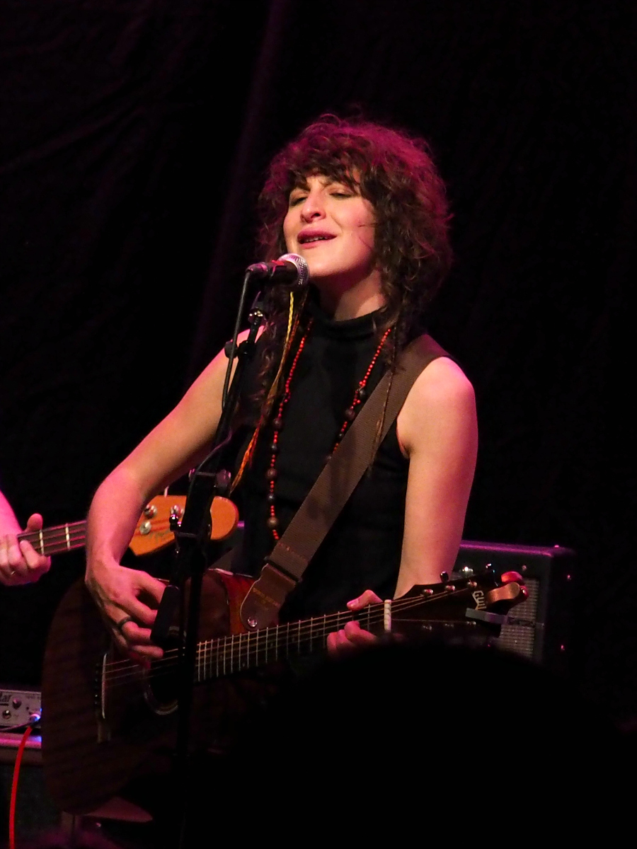Lail Arad Female Singer Live at Chats Palace Hackney London Music Blogger
