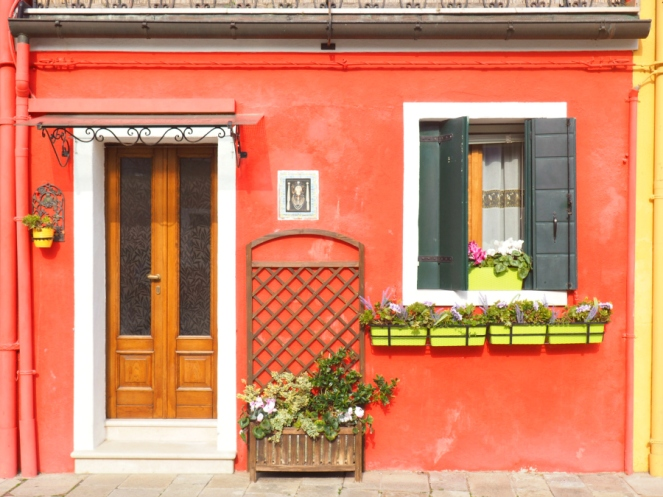 Travel Blogger in Burano Island Venice, Italy