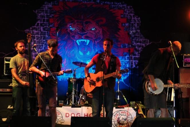 Folk Band at Red Roar Festival at Leo's Red Lion Pub Gravesend Music Blog Blogger