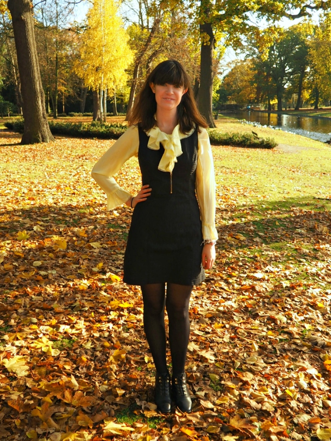 The Fringe Off Blogger Ruffles Style Outfit of the Day Fashion Blog