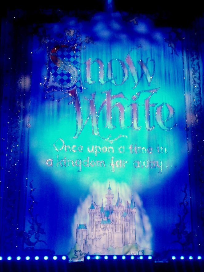 Snow White Christmas Panto Pantomime The Orchard Theatre Dartford