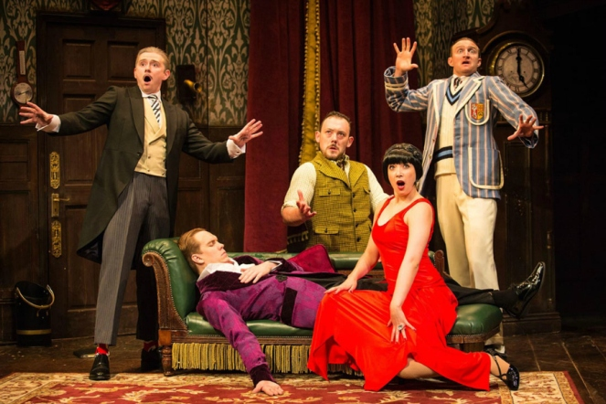 The Play That Goes Wrong London West End Theatre Blog Blogger