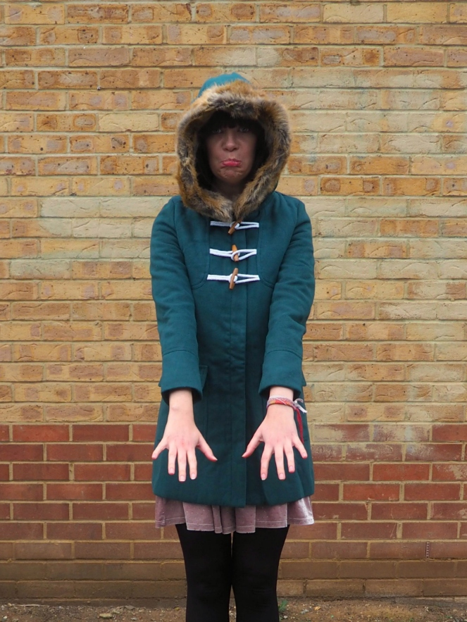 Dark Green Evergreen Coat Gamiss OOTD Outift Fashion Blog Blogger